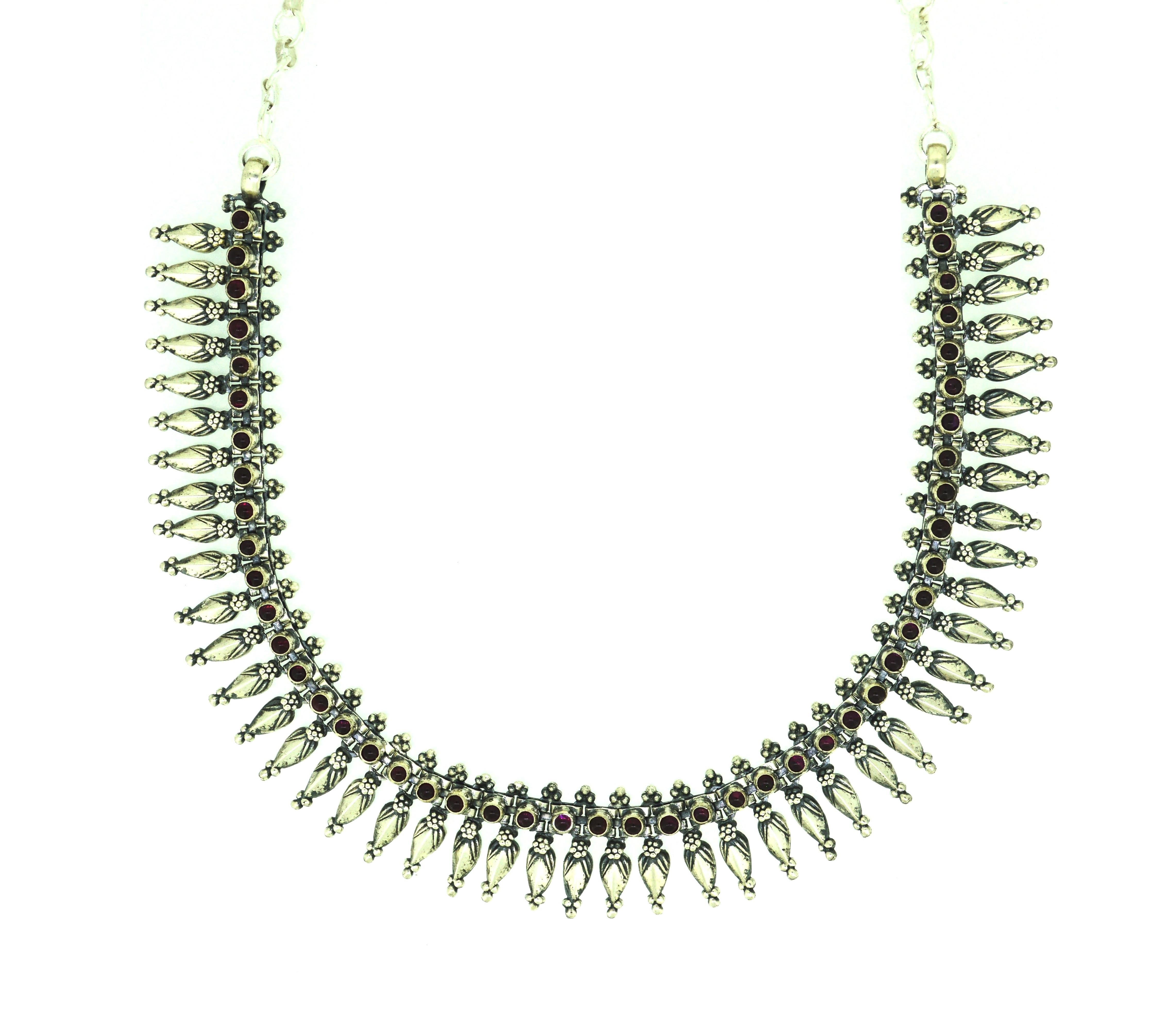 Beautiful oxodised rubi necklace